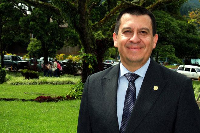 Dr. José A. Contreras