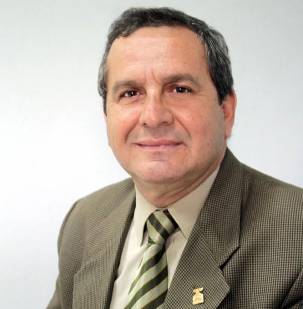 Prof. Carlos Chacón